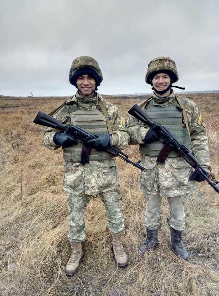 Мечтал стать первым темнокожим генералом в Украине: история Ашрафа Мсуя, погибшего в крушении под Чугуевом - фото 4