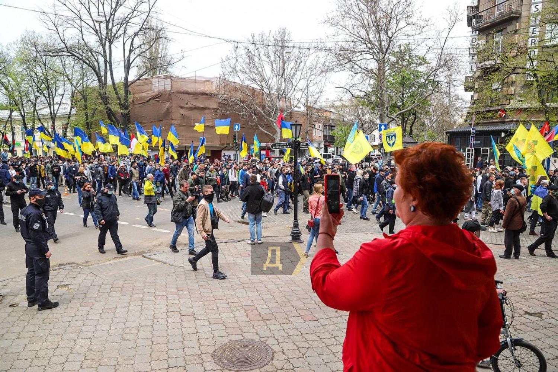 Годовщина событий 2 мая: в Одессе состоялся «Марш защитников города» (ФОТО) - фото 4