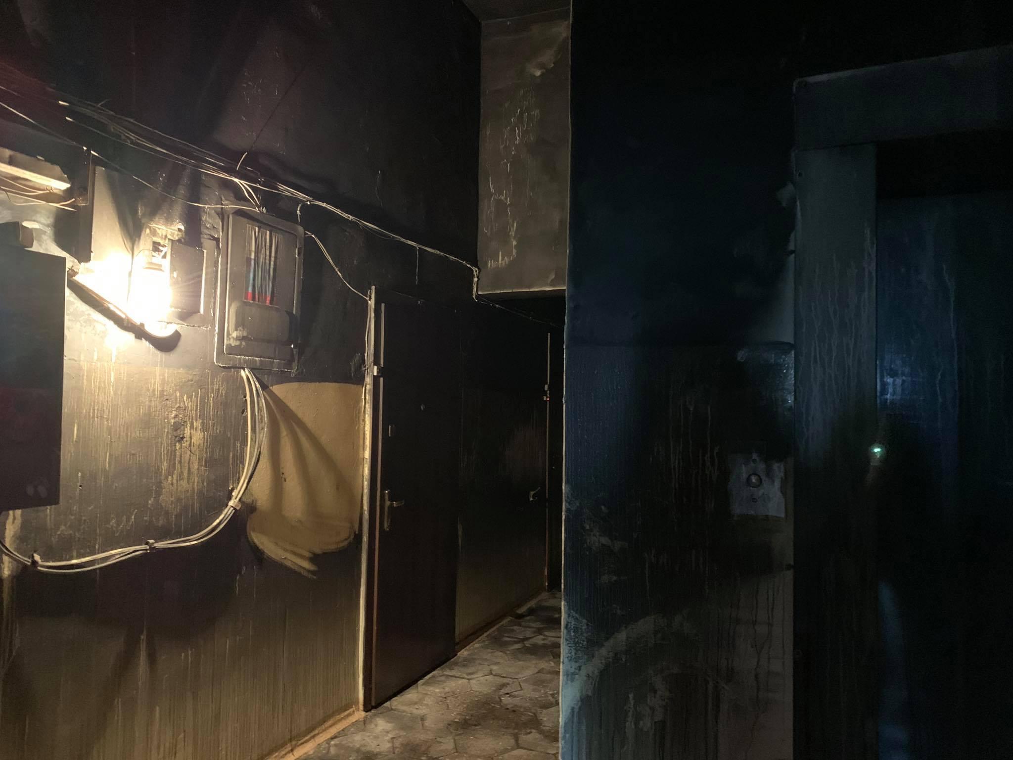 У київській багатоповерхівці згорів заживо чоловік - ФОТО - фото 2