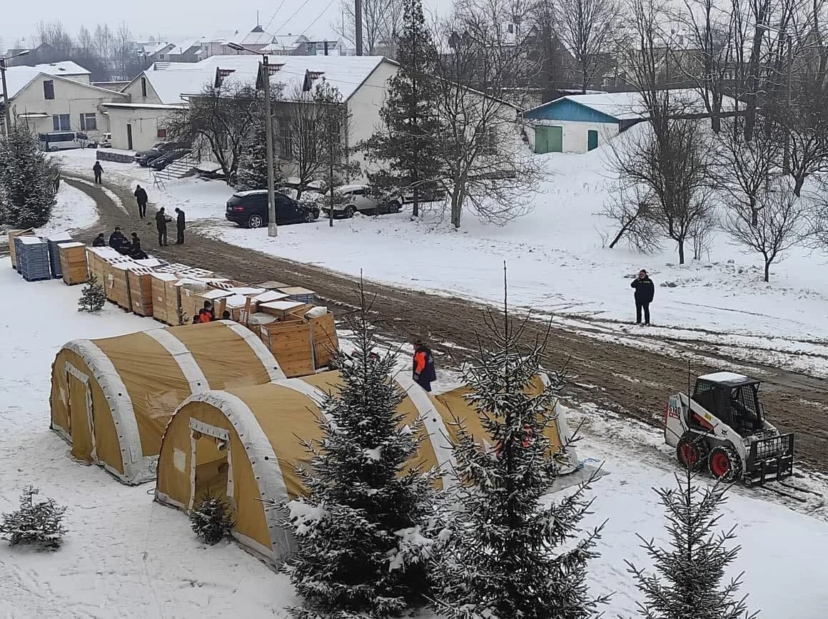 В Украине заработал первый мобильный госпиталь для коронавирусных больных (ФОТО) - фото 4