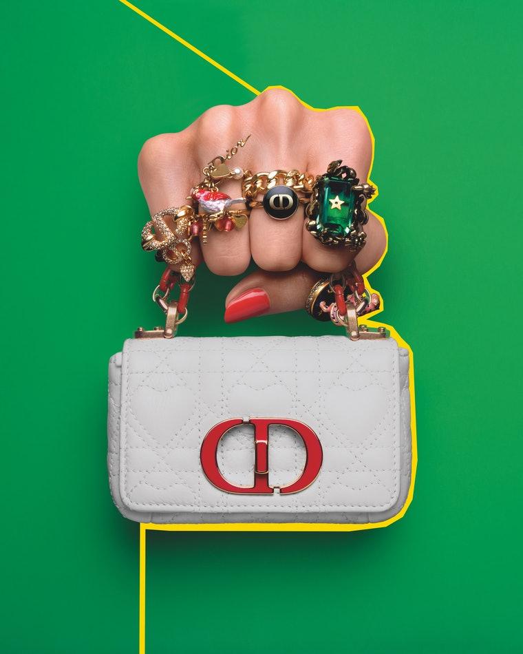 Dior создал коллекцию микросумок: как они выглядят (ФОТО) - фото 3
