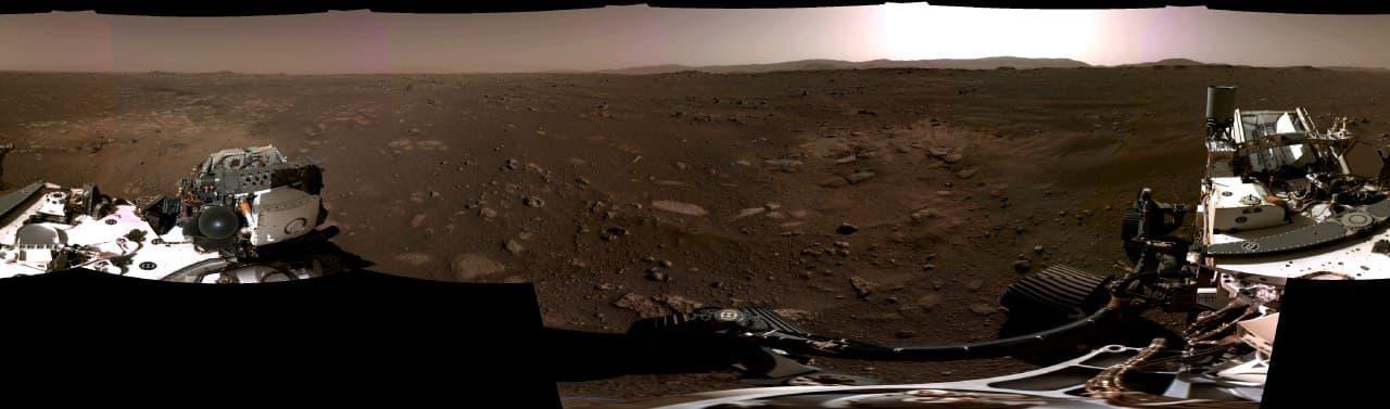 Марсоход Perseverance передал на Землю первое в истории видео с Марса - фото 2