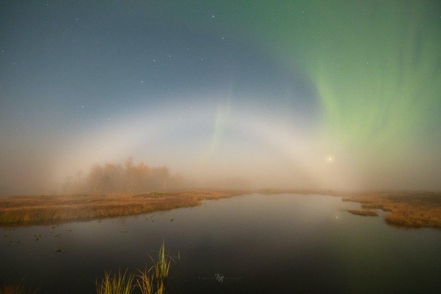 У небі над Канадою побачили рідкісну місячну веселку - фото 3