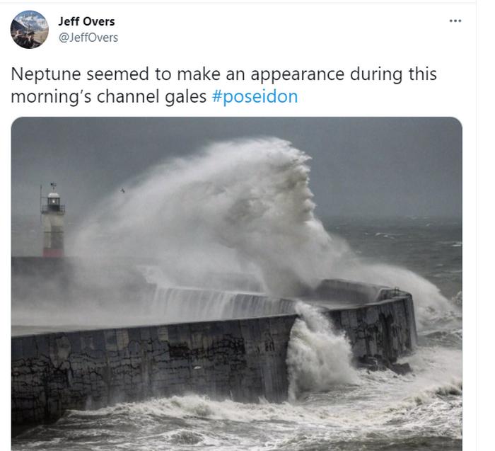 Во время шторма в Англии появилось «лицо» Посейдона (ФОТО) - фото 2
