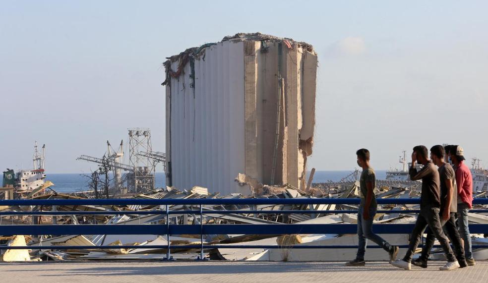 До и после взрывов: как изменился Бейрут, который накрыли тонны завалов (ВИДЕО, ФОТО) - фото 4