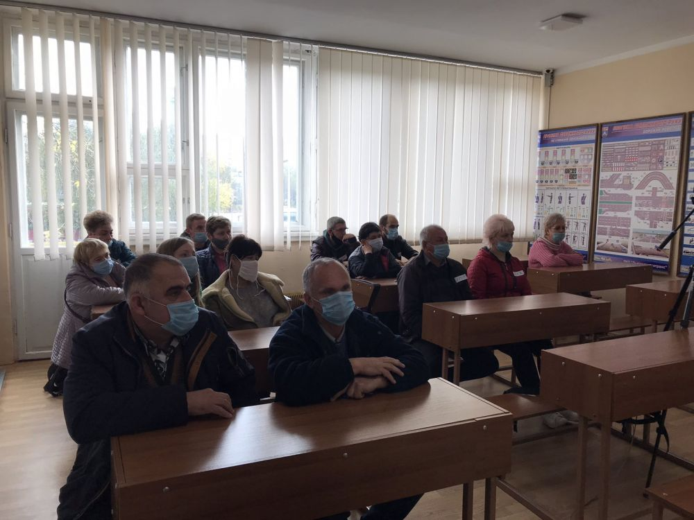 """Львовских водителей отправили на курс """"Культура общения"""" - фото 2"""
