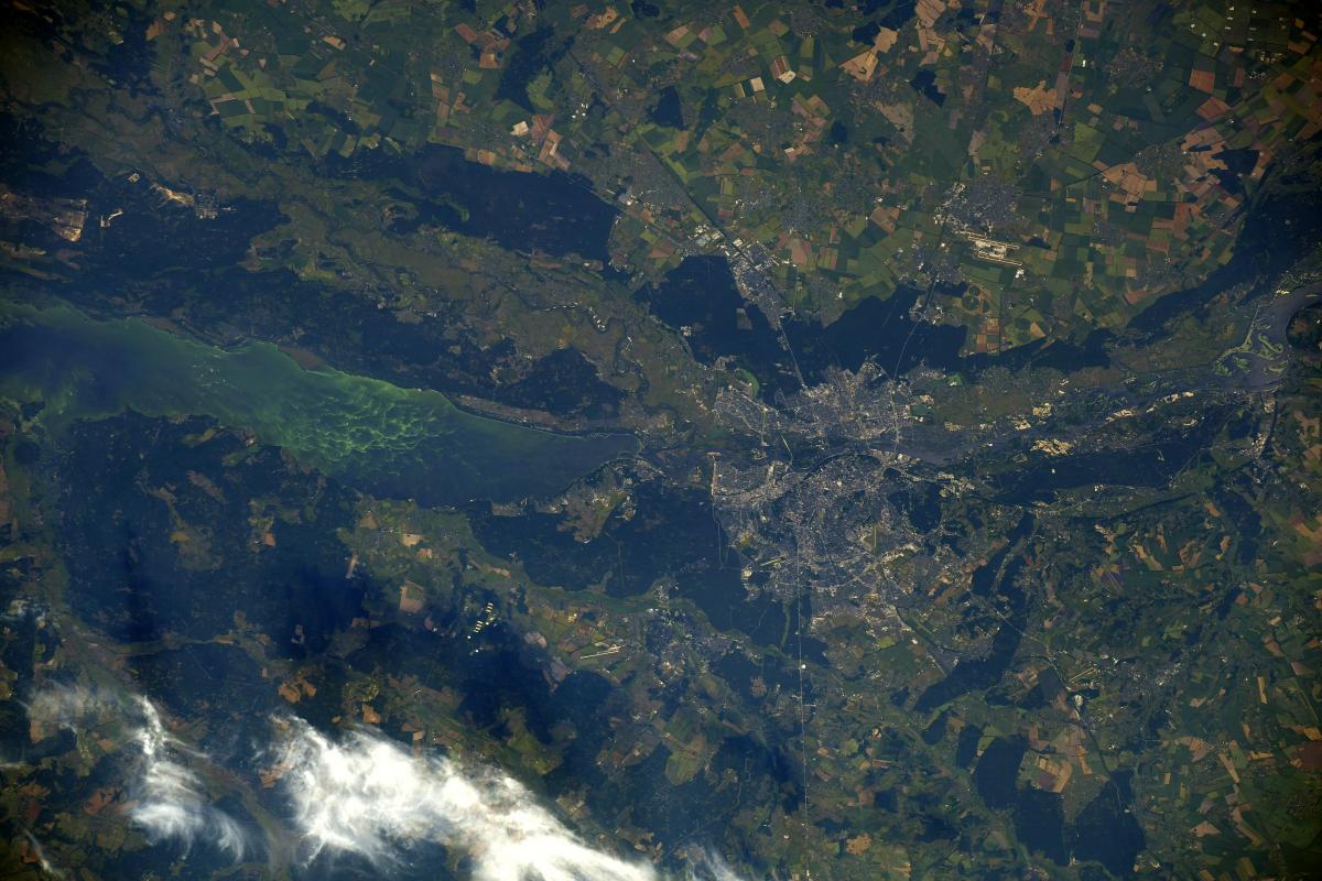 Астронавт ESA сделал завораживающие фото Киева и реки Днепр с орбиты Земли (ФОТО)  - фото 2