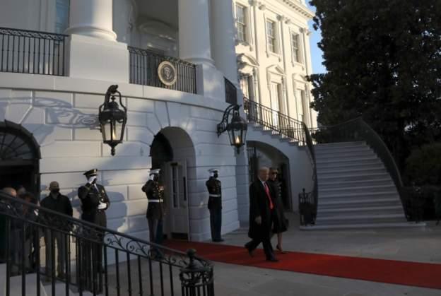 Трамп покинул Белый дом в качестве президента США - фото 2