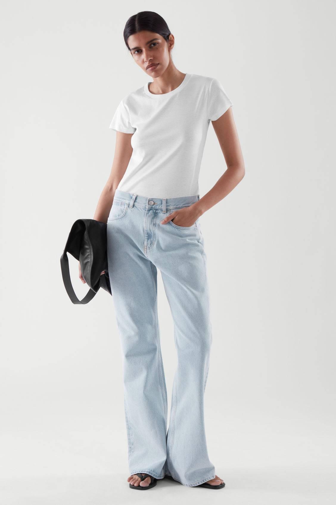 Какая модель джинсов вернулась в моду в 2021 году  - фото 5
