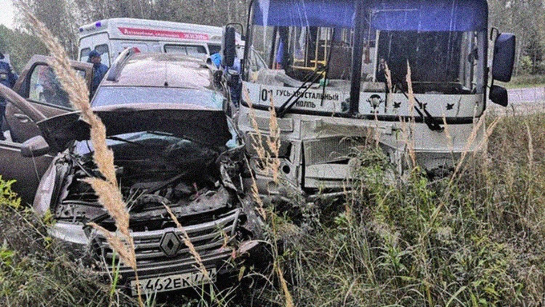 В ДТП погиб известный актер: появились фото ужасной аварии  - фото 2