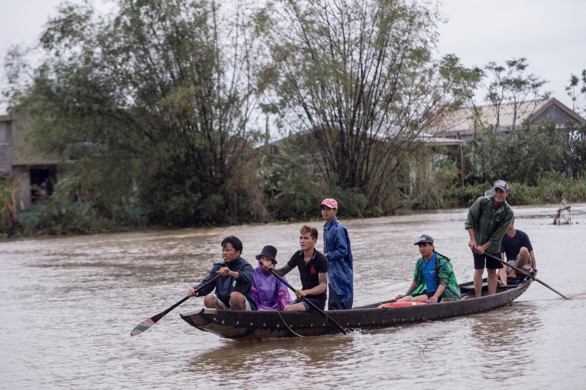 Через природні катаклізми у В'єтнамі постраждало понад 5 млн осіб - ООН - фото 9