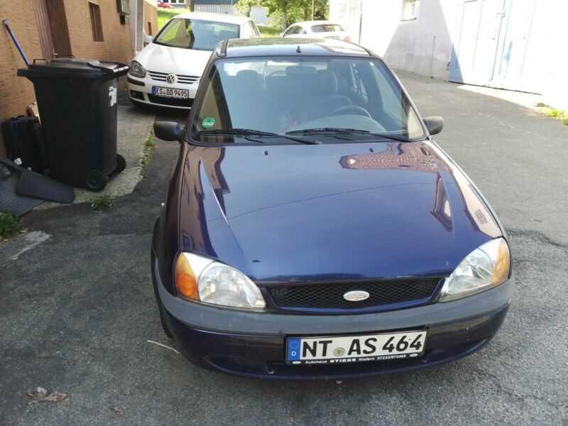 Почти даром: авто, которые можно купить за 50 евро (фото)  - фото 6