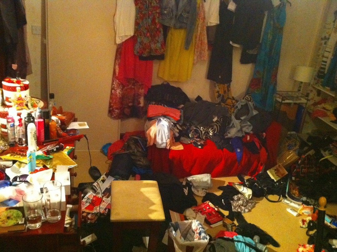 У Великобританії провели конкурс на найбруднішу спальню (фото) - фото 10