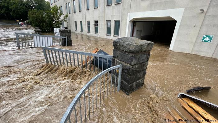 У Німеччині збільшилася кількість жертв у результаті сильної повені (ФОТО) - фото 2