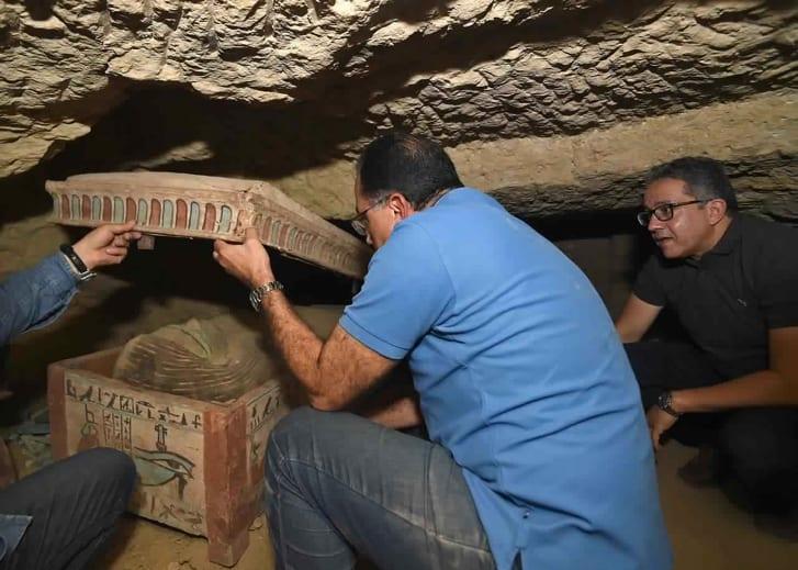 Фотофакт: археологи раскопали огромное количество древних саркофагов в Египте - фото 3
