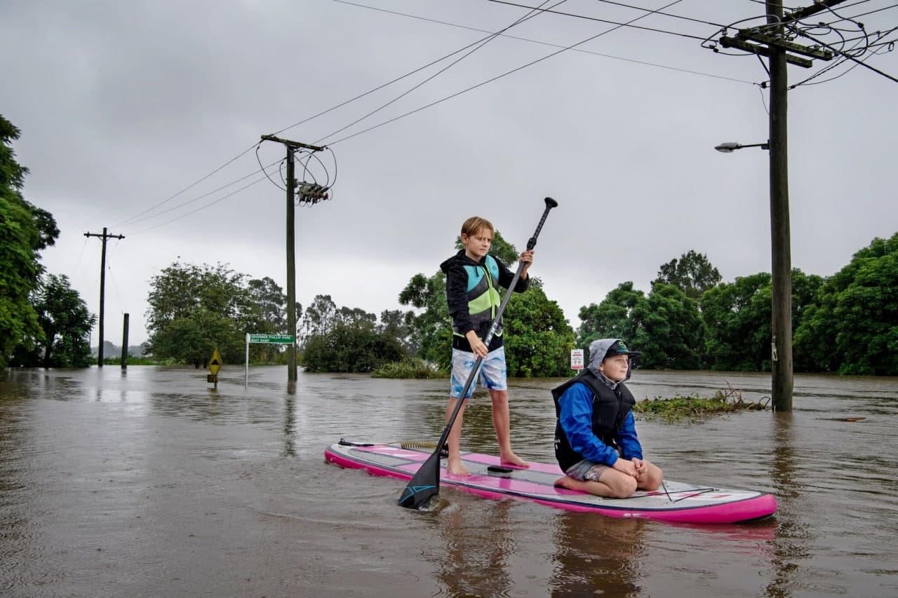 Австралия страдает от страшного наводнения: подробности (ФОТО, ВИДЕО) - фото 5