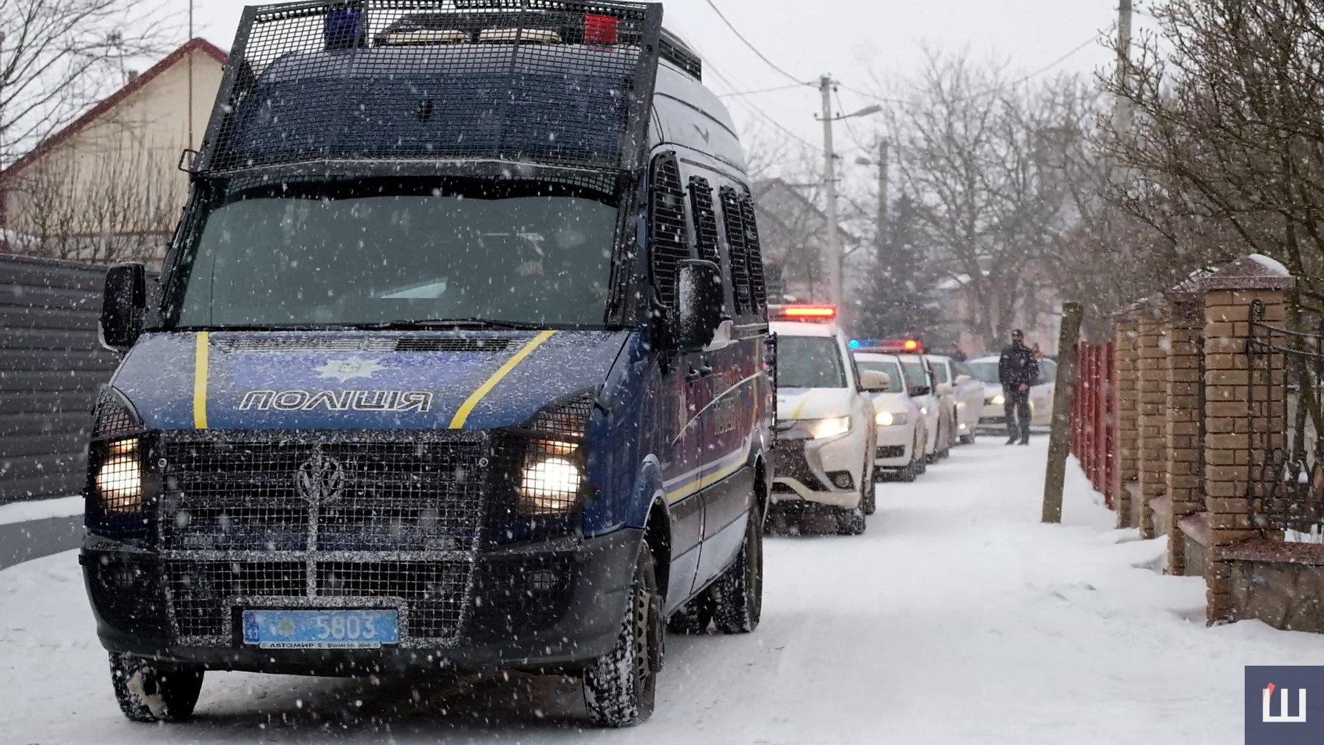 Осуществить заветную мечту: в Черновцах больного раком мальчика приняли в ряды полиции (ФОТО, ВИДЕО) - фото 6