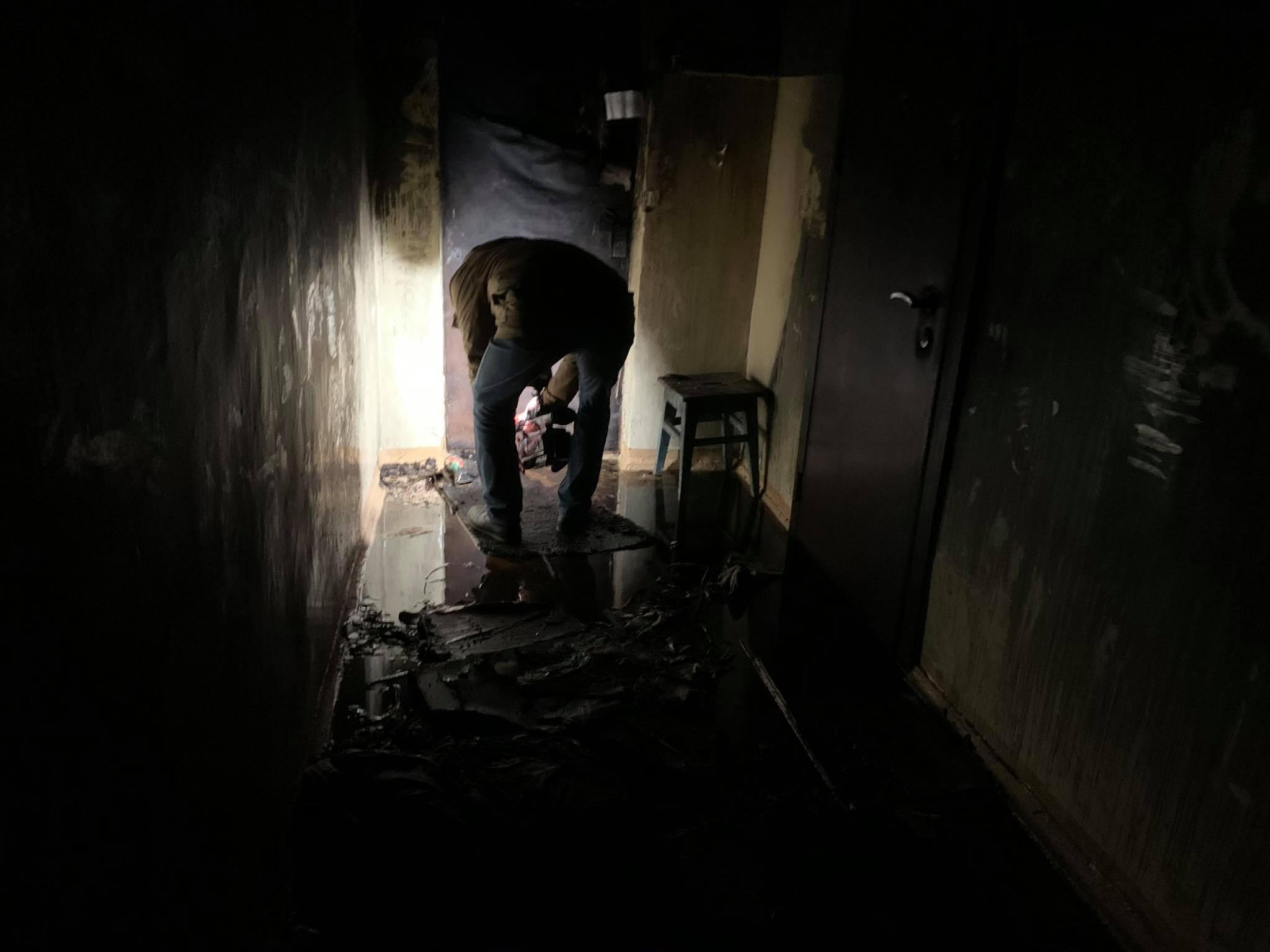 У київській багатоповерхівці згорів заживо чоловік - ФОТО - фото 6