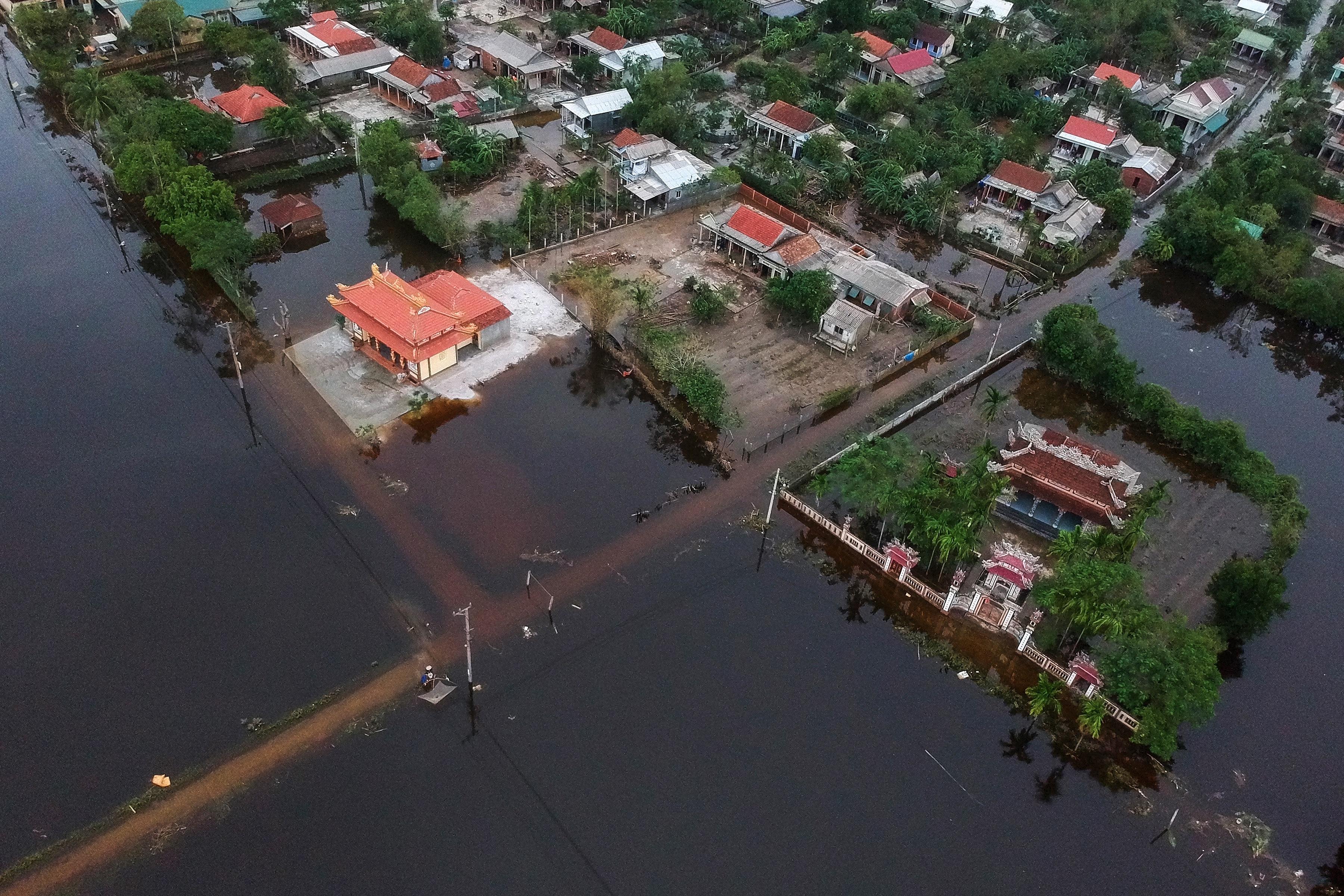 Через природні катаклізми у В'єтнамі постраждало понад 5 млн осіб - ООН - фото 7