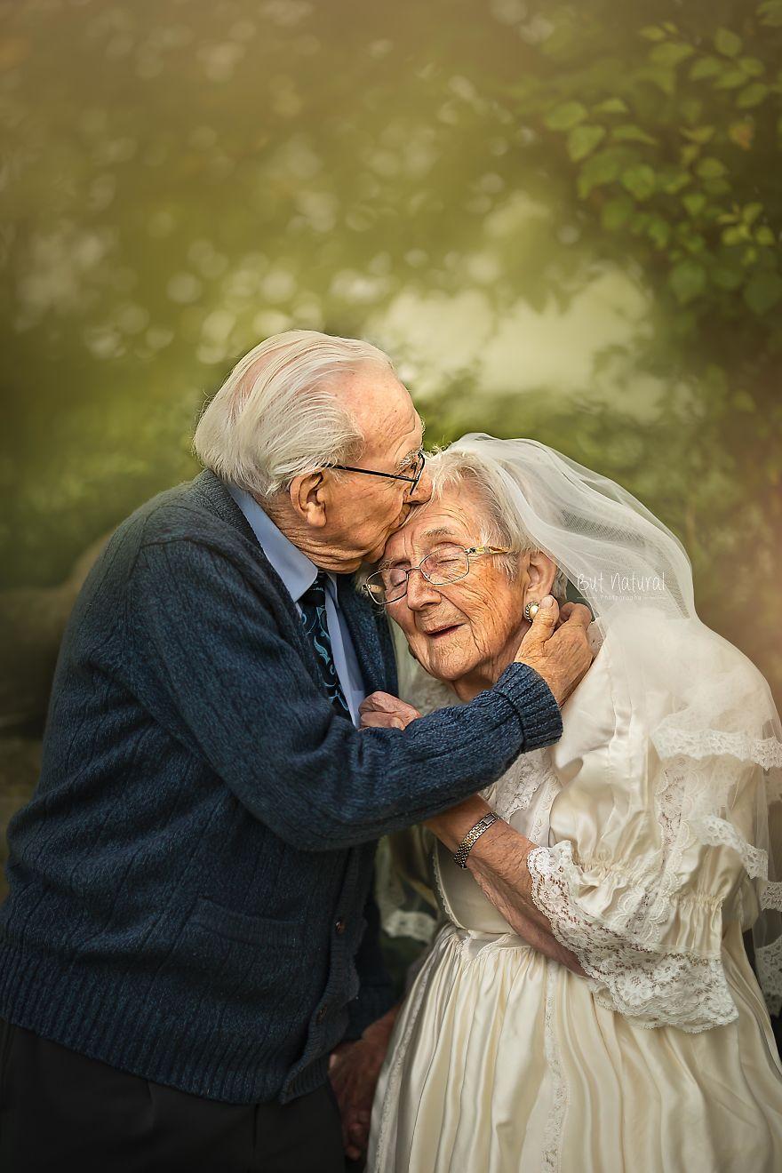 Любов вічна: фотограф зняла красиву літню пару (фото) - фото 2