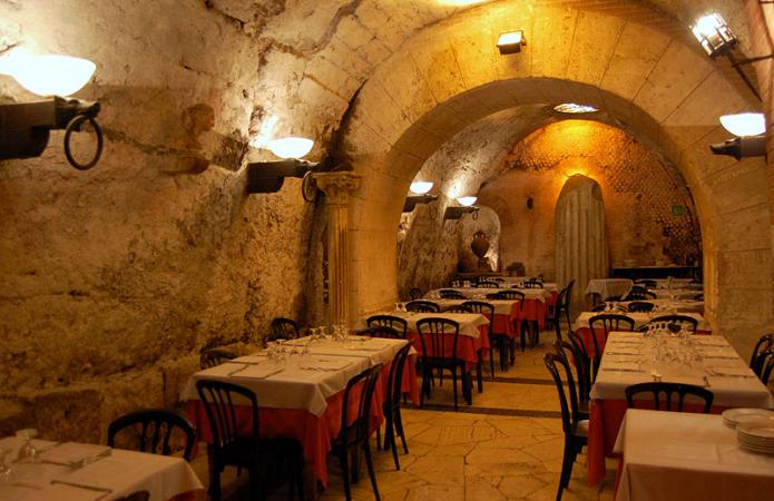 Необычные рестораны мира, которые, однозначно, стоит посетить - фото 5