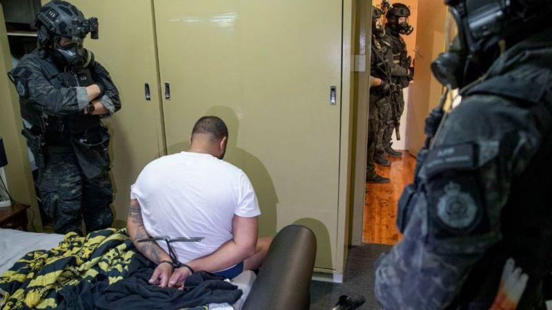Мессенджер для преступников: как ФБР «провернула» масштабную облаву в Сети (ФОТО) - фото 4