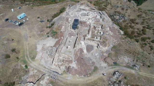 У Болгарії знайшли руїни середньовічної фортеці (Фото) - фото 6
