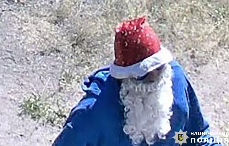 """В Мариуполе """"Дед Мороз"""" совершил вооруженное нападение на комбинат и расстрелял человека - фото 3"""