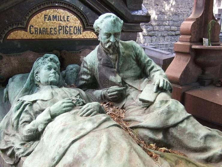Странные, душераздирающие и забавные - 25 необычных надгробий со всего мира - фото 11