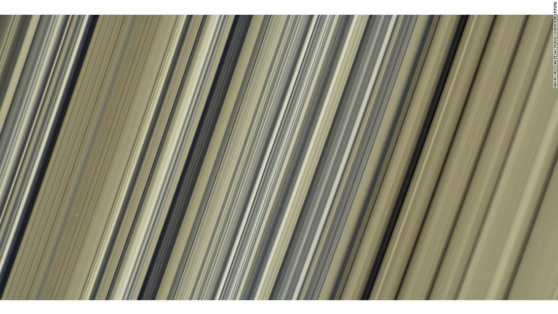 НАСА опубликовало фото поверхности и магнитных колебаний Юпитера - снимки как из фантастического фильма - фото 16