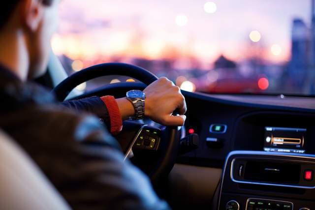 В Европе могут запретить рекламу бензиновых и дизельных автомобилей - фото 2