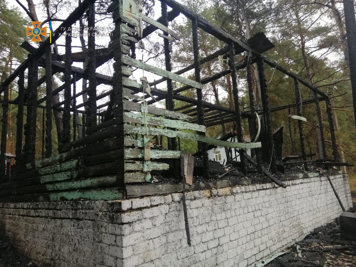 З бази відпочинку - до лікарні: скільки людей постраждало під час пожежі в Харківській області - фото 4