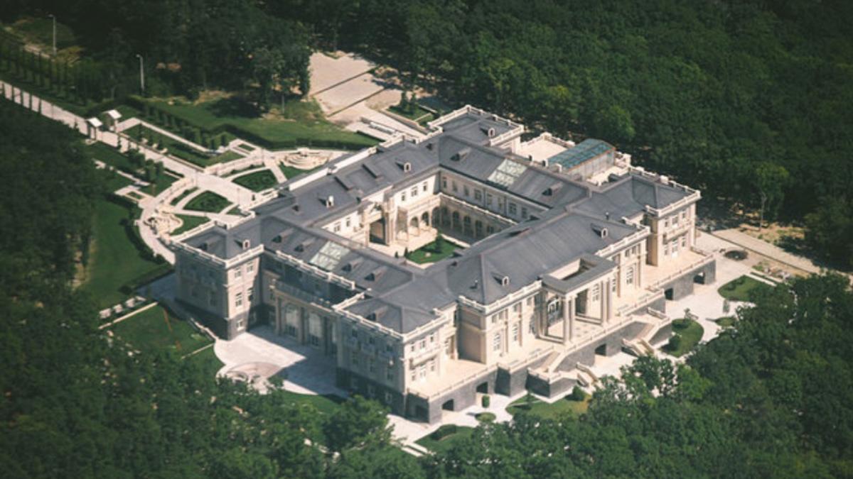 В России выпустили фильм о роскошном дворце Путина - его размеры впечатляют (фото, видео) - фото 3