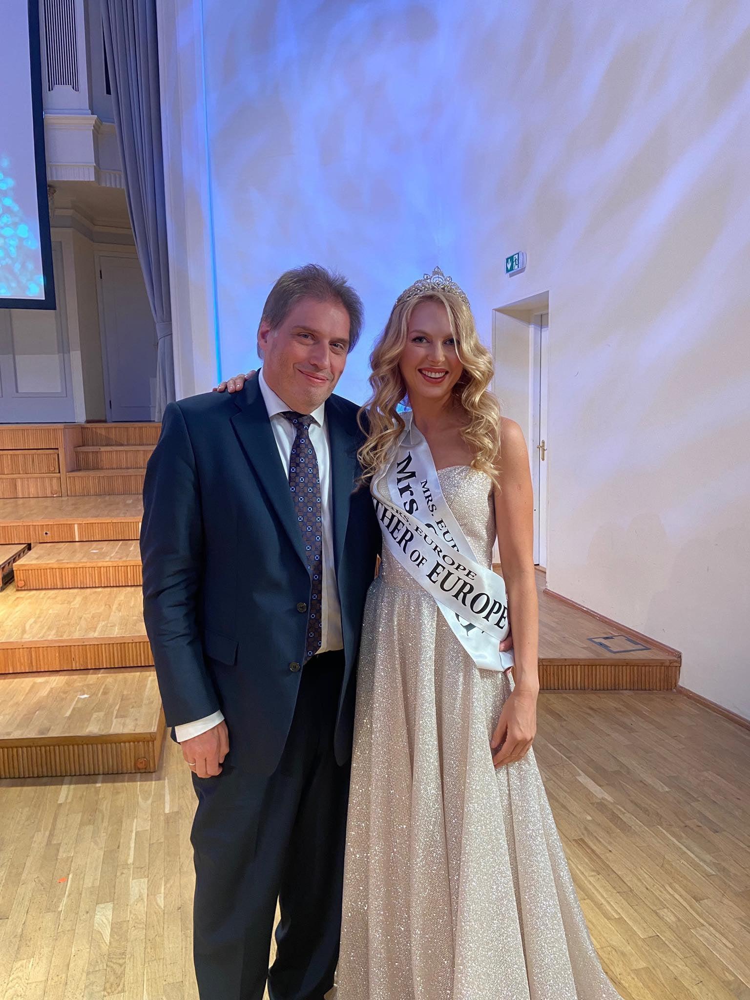 40-летняя украинка стала самой красивой мамой Европы - фото 4