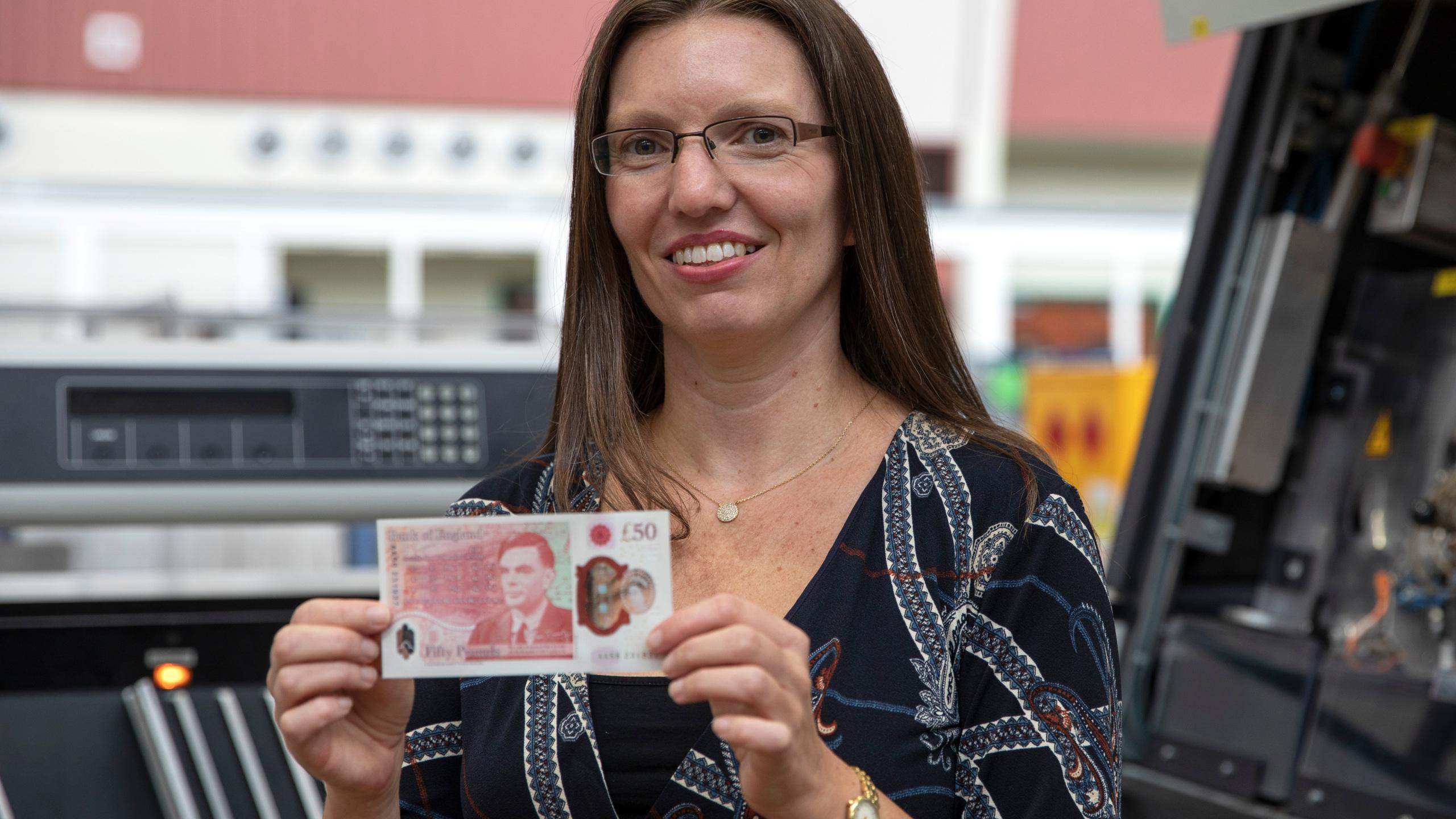 В Британии появится банкнота с изображением Тьюринга: кто он такой и чем заслужил подобную честь (ФОТО) - фото 3