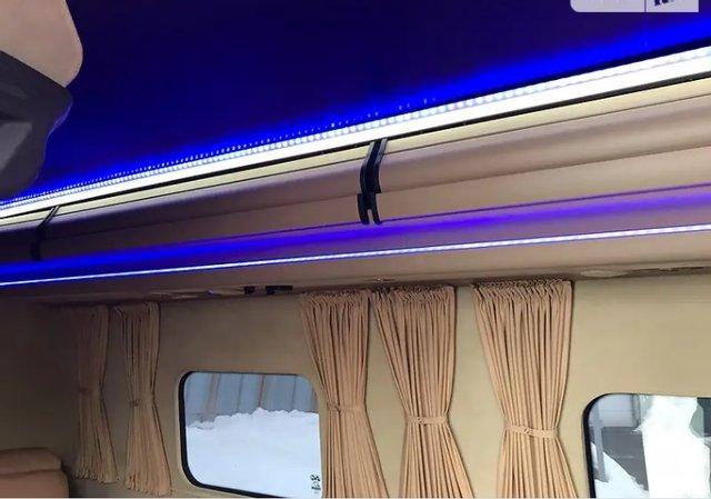 На продаж виставили броньований мікроавтобус Кернеса: вартість і фото - фото 3
