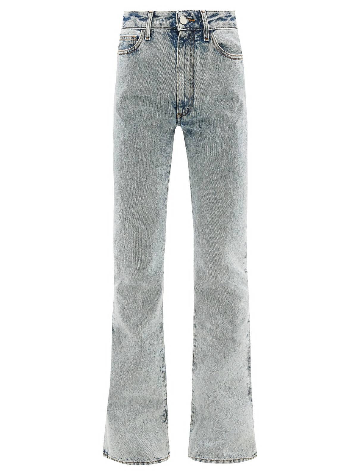 Какая модель джинсов вернулась в моду в 2021 году  - фото 2