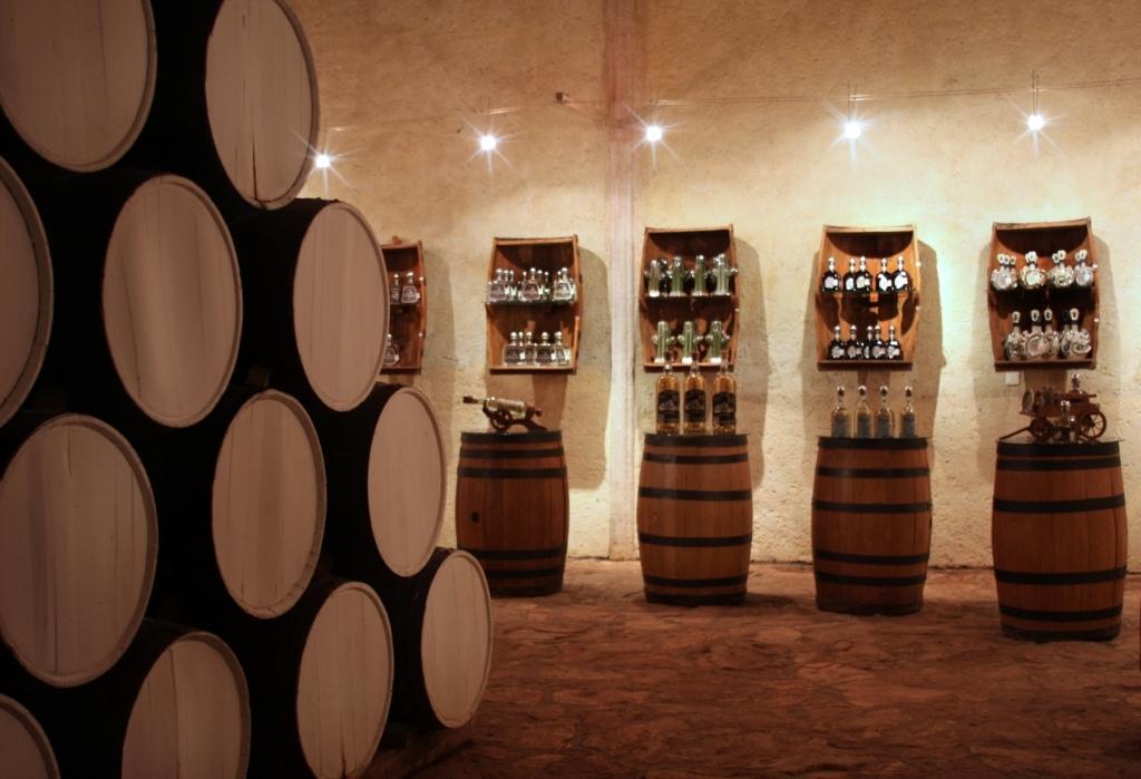 Провести ночь в бочке из-под текилы: в Мексике открыли отель на территории завода по производству напитка - фото 9