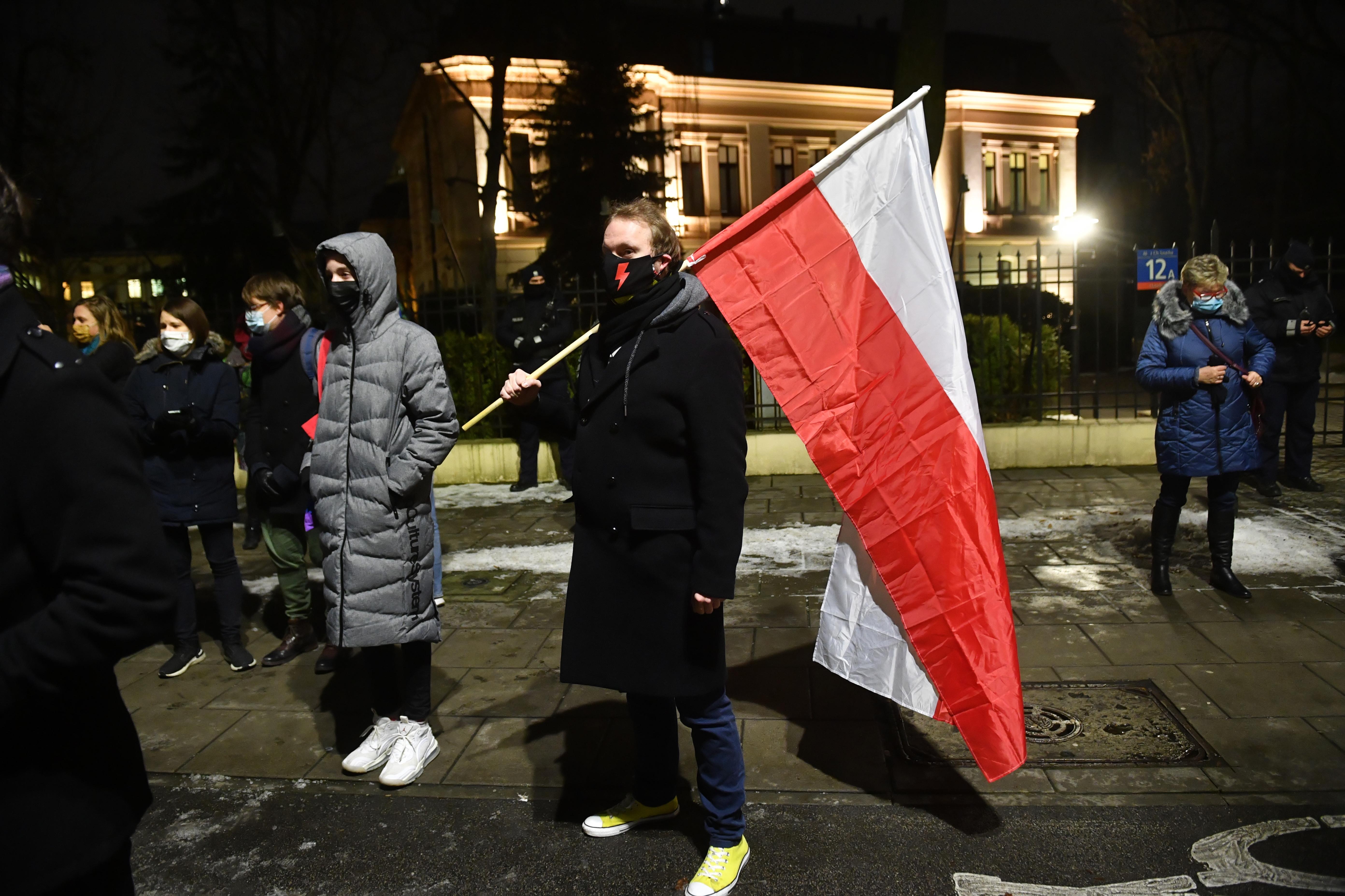 В Польщі остаточно заборонили аборти - наслідки (Фото)  - фото 2