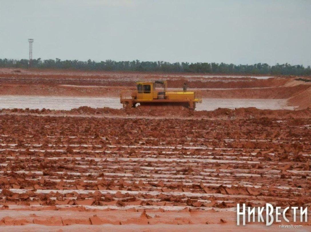 Загрязнивший Николаевскую область красным шламом завод недоплачивает миллиарды гривен налогов - СМИ - фото 2