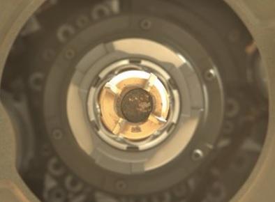 NASA Perseverance добыл второй образец марсианской породы (ФОТО) - фото 2