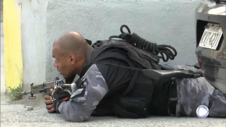 Перестрелка в Рио-де-Жанейро: полицейская операция привела к массовым жертвам (ФОТО, ВИДЕО) - фото 3