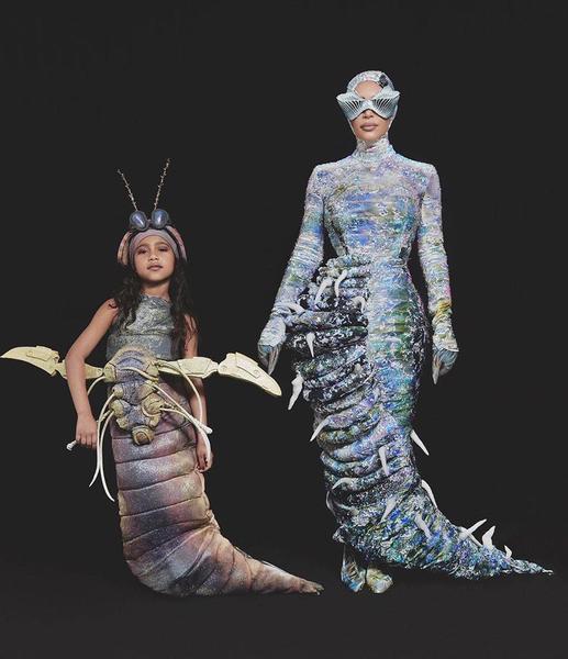 Самые эффектные образы Пэрис Хилтон, Леди Гаги и других звезд для Хэллоуина (фото)  - фото 3