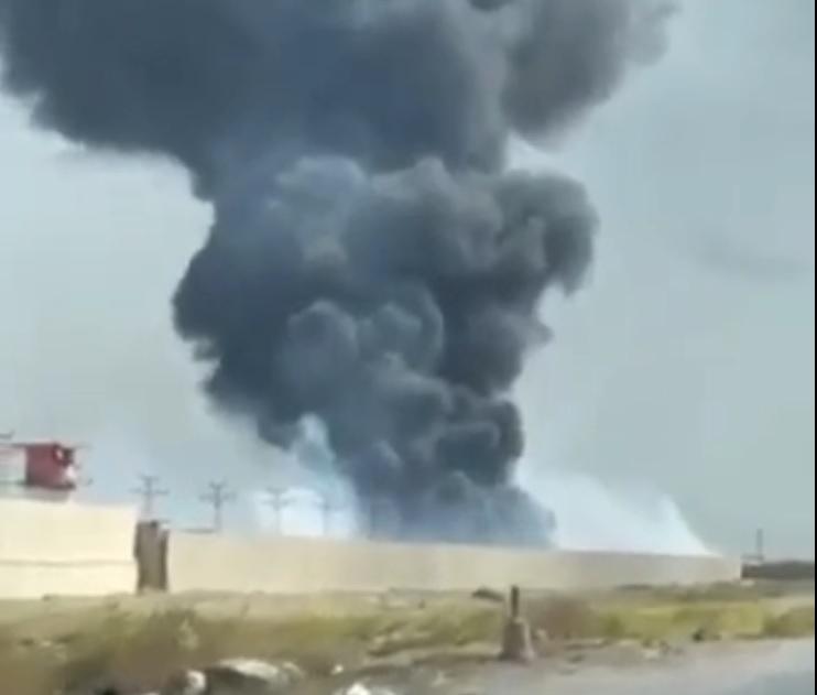 В столице Ирака на территории военной базы вспыхнул масштабный пожар (ФОТО) - фото 2