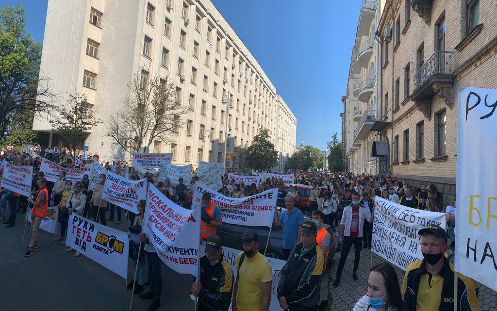 ГФС атакует БРСМ: Подопечные Мельника три недели блокируют нефтебазы и заправки  - фото 4