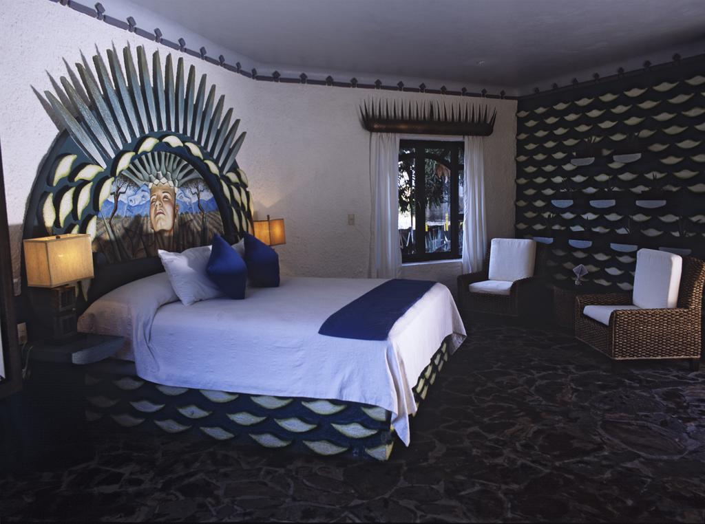 Провести ночь в бочке из-под текилы: в Мексике открыли отель на территории завода по производству напитка - фото 8