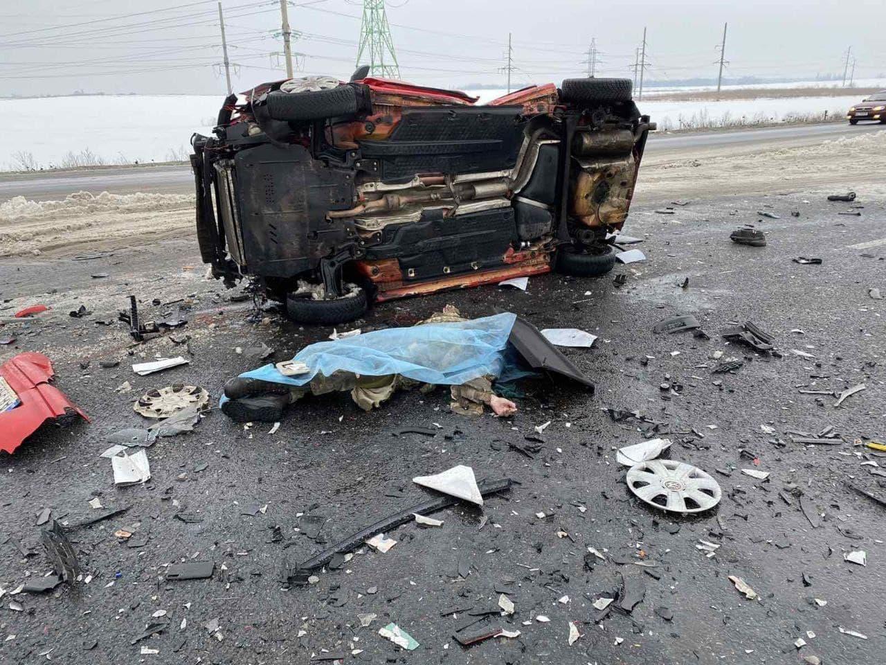 На трасі Київ-Чернігів сталася масова ДТП: є загиблі (ФОТО, ВІДЕО) - фото 3