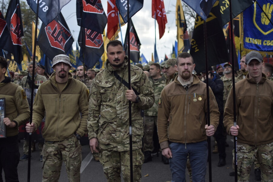 В Киеве состоялся Марш Нации с участием Нацкорпуса - фото 3