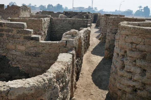 В Египте нашли 3000-летний «затерянный золотой город» (ФОТО) - фото 3